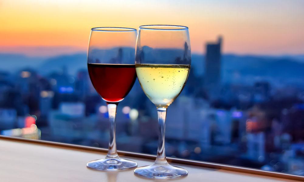 緊急事態宣言が解除されたら、少人数で参加できる「ワインサロン」を開催します。